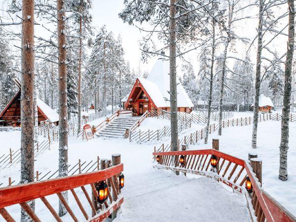 Châu Âu phủ đầy tuyết trắng vào mùa đông