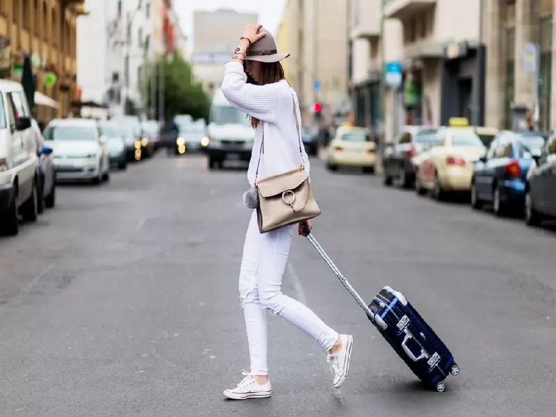 Lựa chọn trang phục để đi du lịch Châu Âu