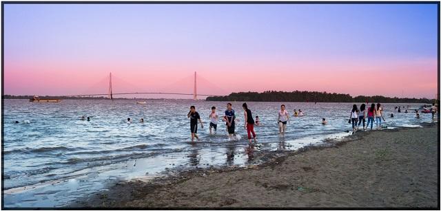 Cực Chill Với Bãi Biển Cần Thơ Nhân Tạo Đẹp Như Tranh Vẽ