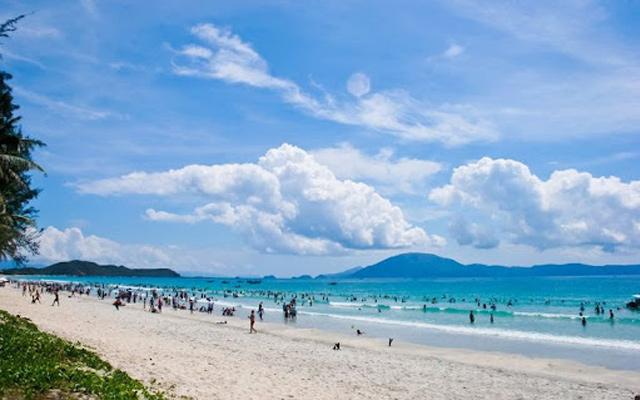 Bãi biển Trà Cổ Quảng Ninh
