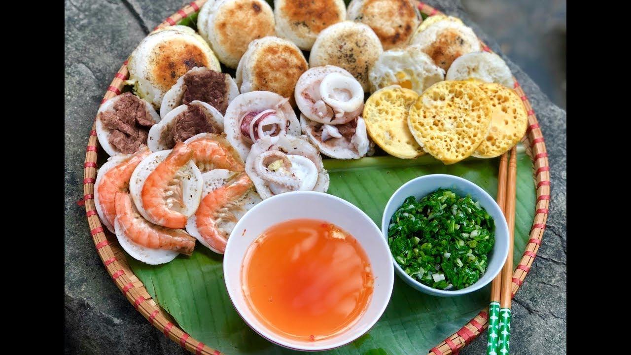 Bánh căn đặc sản Nha Trang