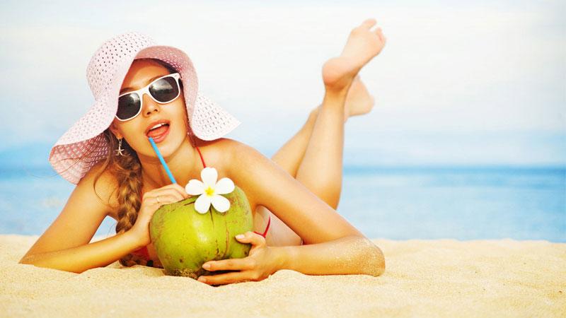 Bảo vệ làn da khi đi du lịch biển