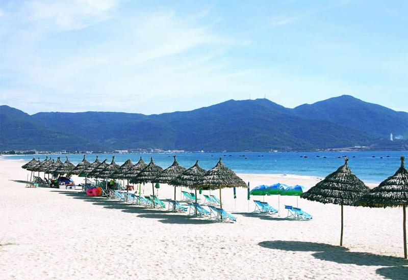 Bãi biển Mỹ Khê vẻ đẹp níu giữ đôi chân du khách khi đến Đà Nẵng