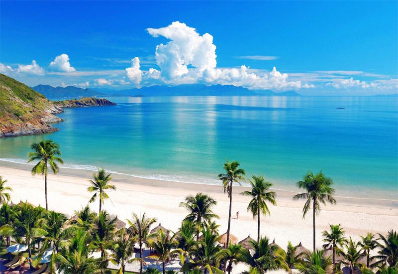 Bờ biển du lịch mùa thu Nha Trang