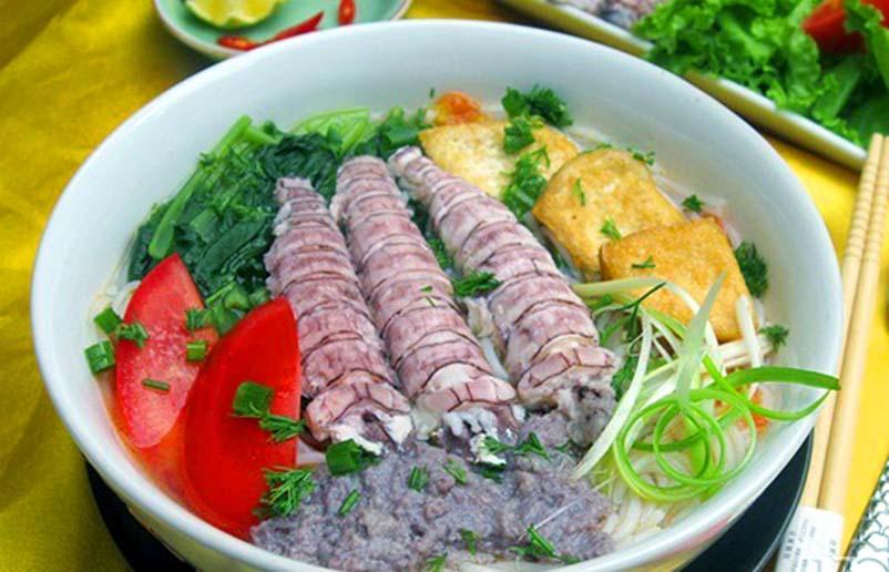 Món bún hải sản độc đáo thơm ngon bổ rẻ tại Vịnh Hạ Long