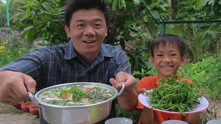 Món cháo cá lóc nấu rau đắng là món ngon mùa nước nổi An Giang