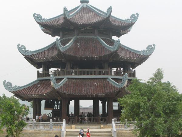 Chiêm ngưỡng vẻ dẹp của Tháp Chuông