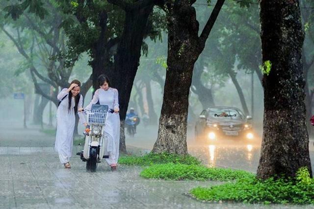 cơn mưa Huế