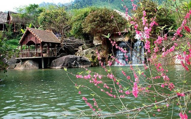 Điểm danh những con suối đẹp như mơ tại Đà nẵng không thể bỏ qua