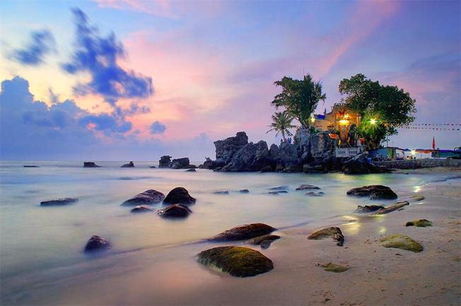 Đừng quên tham quan danh thắng Dinh Cậu khi đến Phú Quốc dịp tết dương lịch 2020