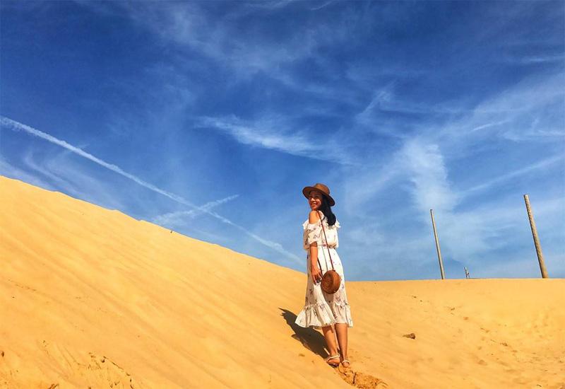 Khung cảnh kỳ vĩ bao la của đồi cát Quy Nhơn