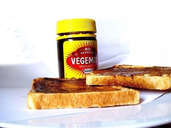 Du lịch Úc mua bơ Vegemite về làm quà