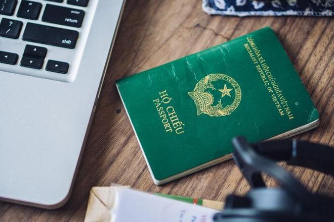 Hộ chiếu là giấy tờ cần thiết để xin visa du lịch Úc