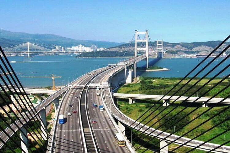 Khách du lịch Hồng Kông trầm trồ khi thấy hệ thống giao thông ở Hồnng Kông