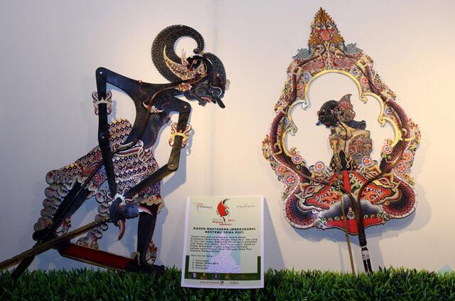 Du lịch Indoneisa - con rối Wayang Kulit