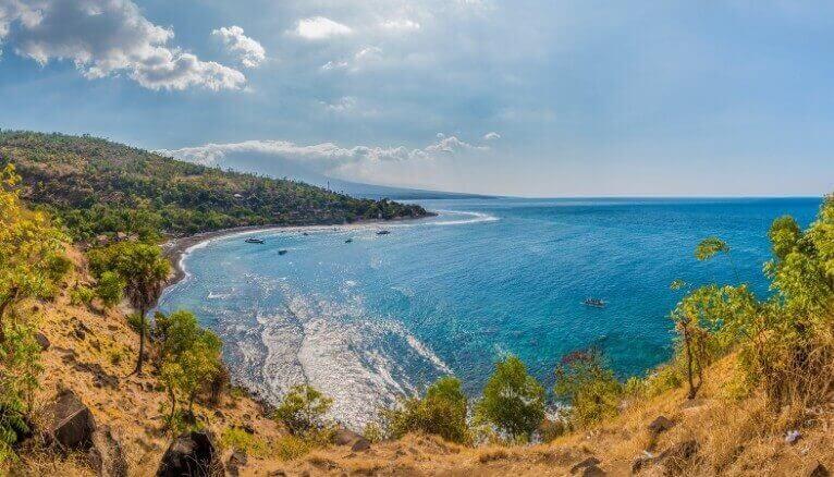 Du lịch Indonesia khám phá bãi biển Amed