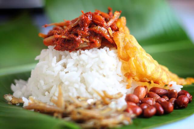 Du lịch Malaysia thưởng thức nền ẩm thực nổi tiếng của quốc gia này