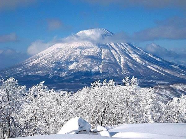 Du lịch Nhật Bản mùa Đông khám phá núi Phú Sĩ