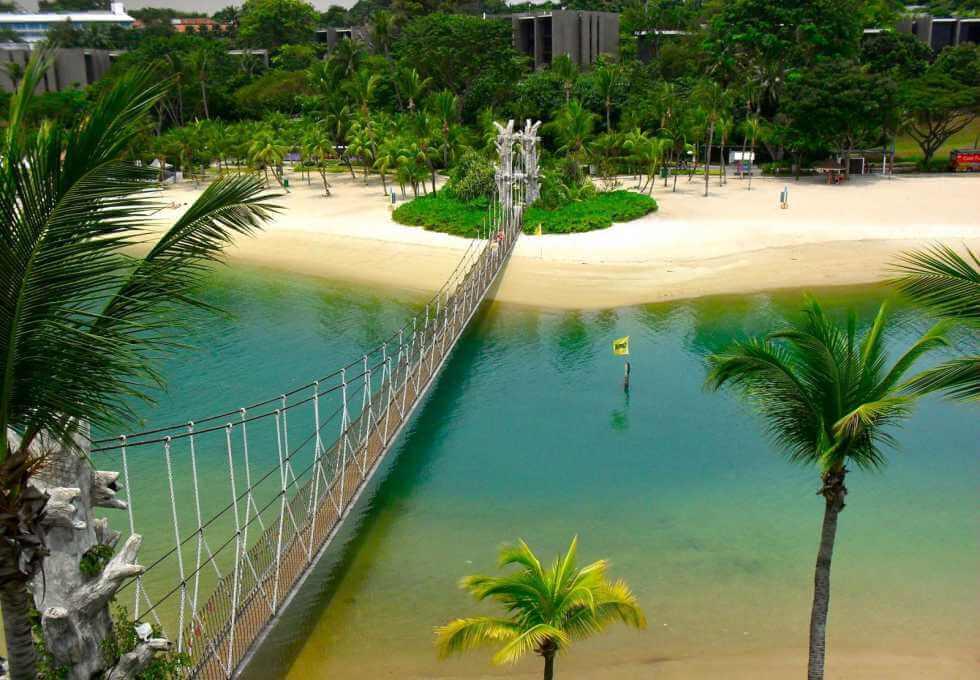 Du lịch Singapore trải nghiệm cầu treo dây thừng đảo Sentosa
