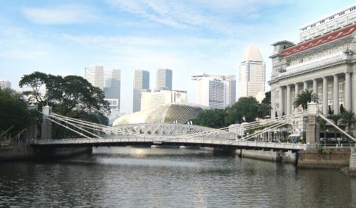 Du lịch Singapore chiêm ngưỡng cây cầu Cavenagh