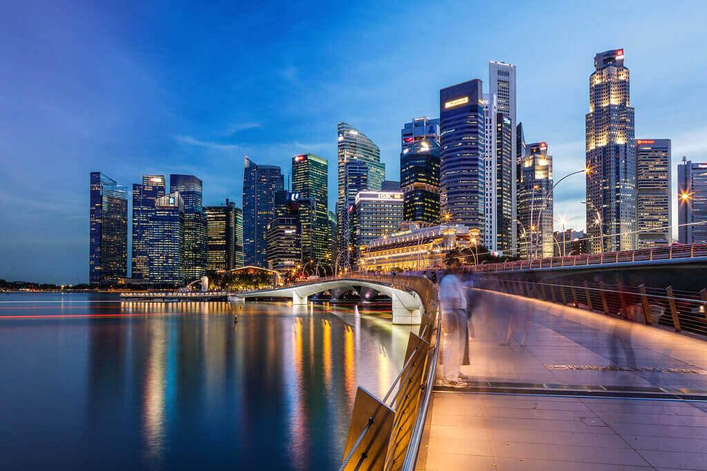 Du lịch Singapore chiêm ngưỡng Jubilee Bridge