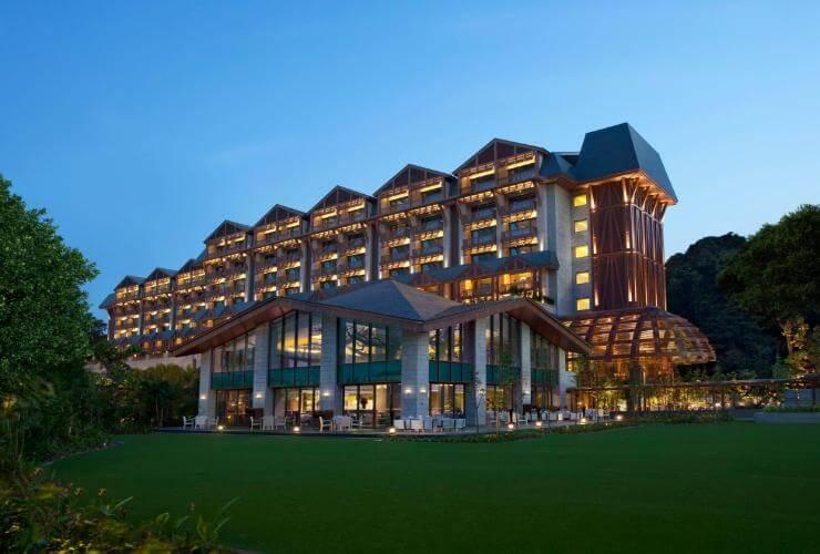 Du lịch Singapore trải nghiệm khách sạn Equarius Singapore