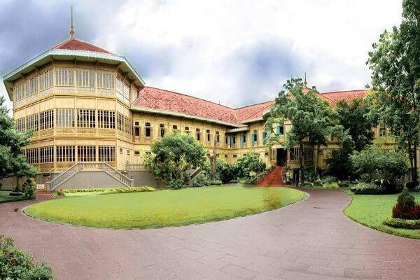 Du lịch Thái Lan khám pha cung điện Vimanmek