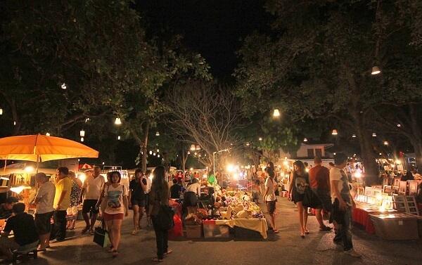 Tour du lịch Thái Lan của bạn sẽ thật nhàm chán nếu bạn không đến khu chợ Cicada
