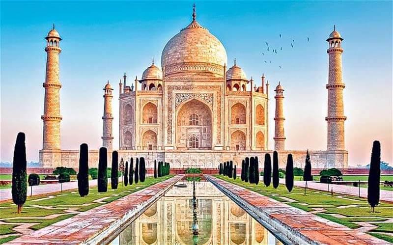 Đây cũng là một địa điểm được nhiều khách du lịch châu á yêu thích