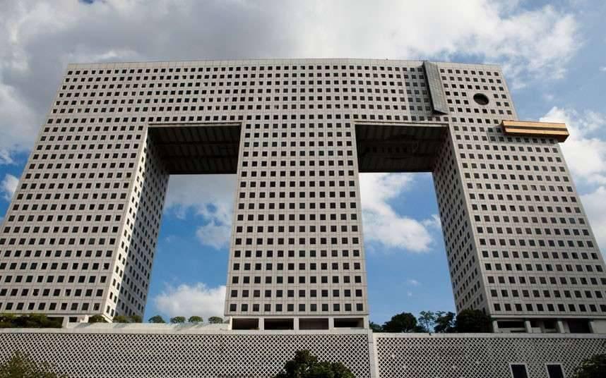 Tháp Con Voi - Mang nét đẹp độc đáo của kiến trúc và nó sẽ gây ấn tượng cho khách du lịch châu Á
