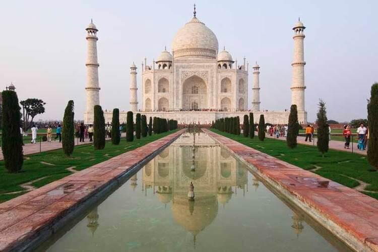 Các công trình vĩ đại ở châu Á khiến du khách thế giới trầm trồ