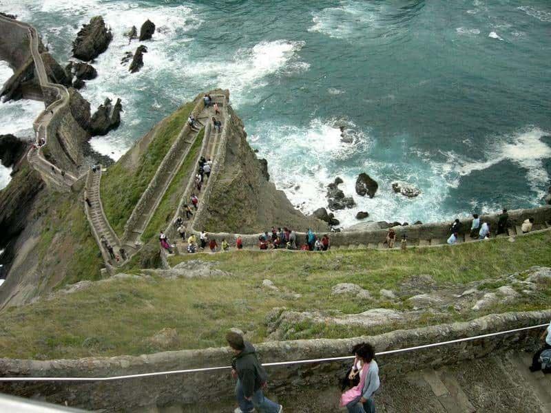 Bức tường dài nhất thế giới, bạn nhất định phải đi nếu đã đi du lịch Châu Á.