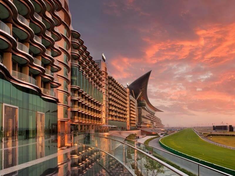 Du lịch Dubai - The Meydan Hotel