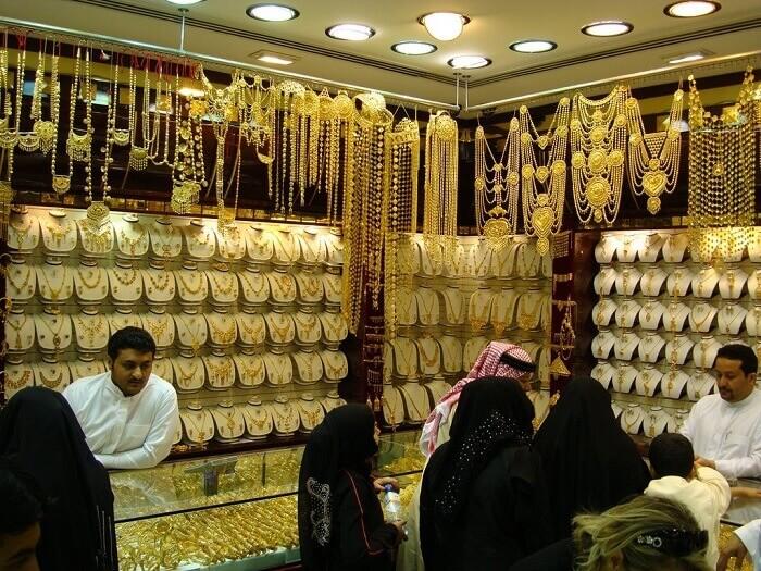 Du lịch Dubai khám phá chợ vàng Gold Souk