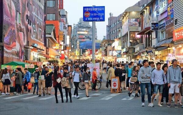 Du lịch hàn quốc - Hongdae là thành phố củasự sôi động