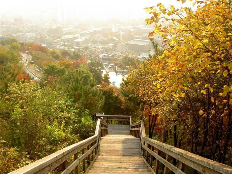 Du lịch Hàn Quốc - Núi Naksan