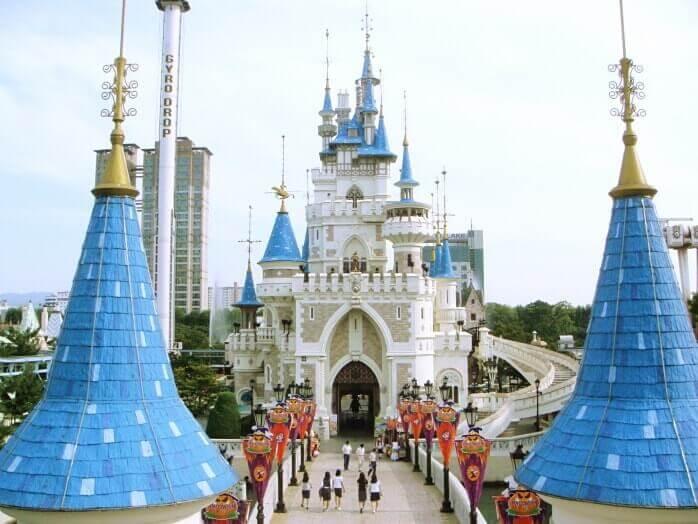 Du lịch Hàn Quốc - khám phá Lotte World