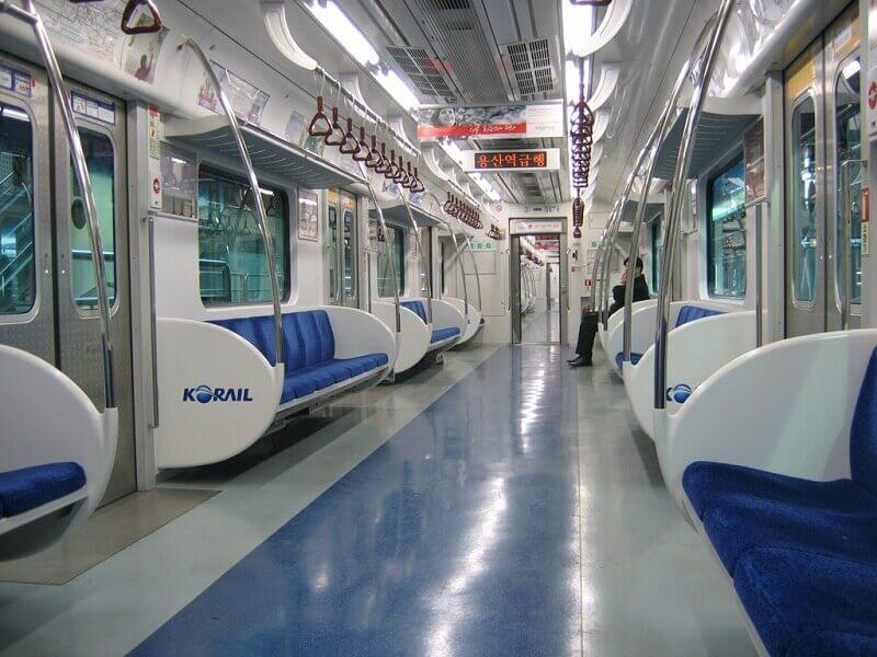 Du lịch Hàn Quốc - Tàu Điện