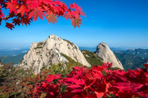 Du lịch hàn Quốc mùa thu - Núi Bukhansan