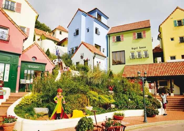 Du lịch Hàn Quốc mùa thu - làng Pháp Petite France