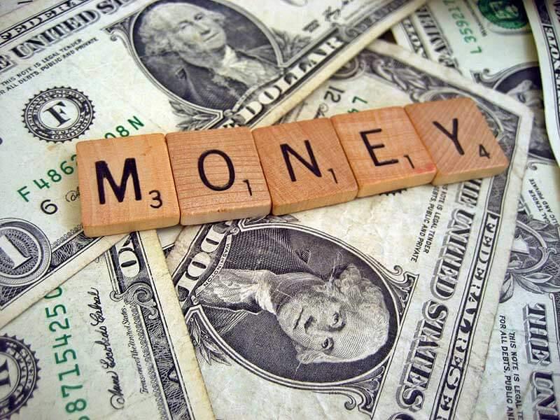 Việc đổi tiền trước sẽ thuận tiện cho khách du lịch Indonesia hơn