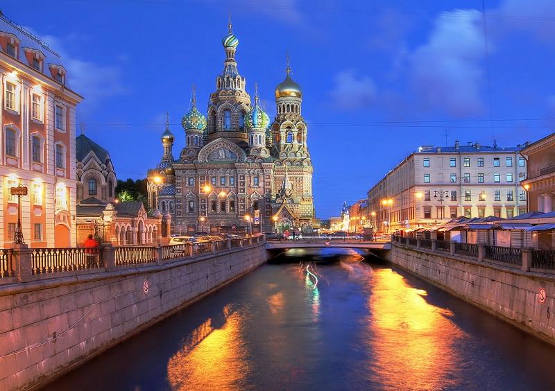Du lịch nga ghé thăm đêm trắng nước Nga
