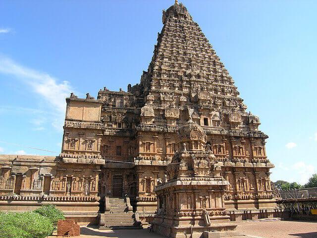 Nếu du lịch Singapore nhất định phải ghé thăm đền Hindu