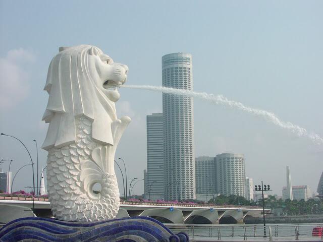 Du lịch Singapore - Tượng Ngư Sư