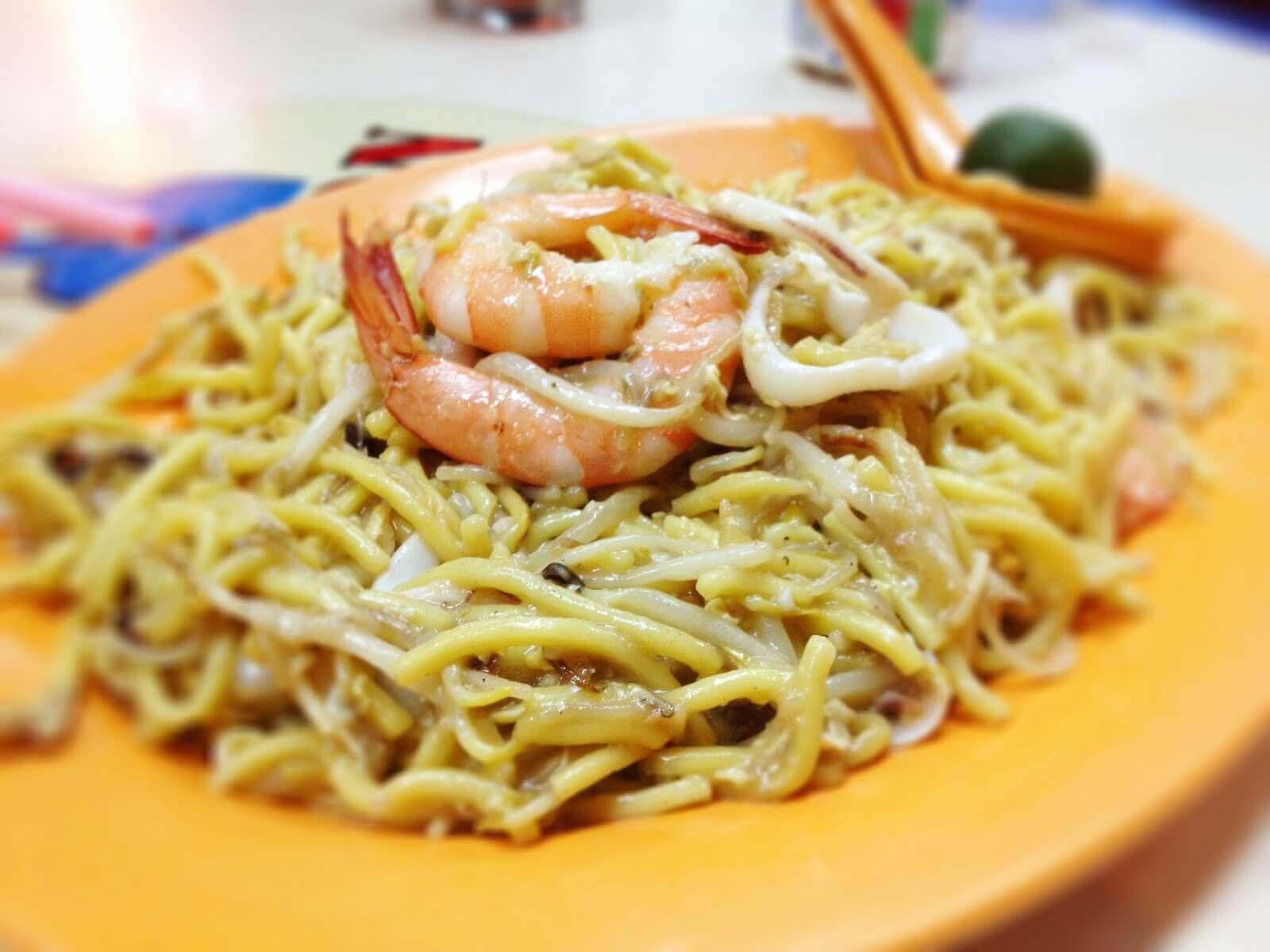 Mì xào Phúc Kiến là món ăn phổ biến và nổi tiếng ở Singapore