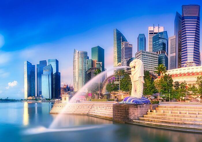 Merlion - đại diện cho nguồn gốc của tên gọi Singapore là Singapura