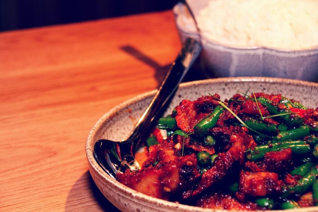 Khách du lịch Thái Lan có thể bắt gặp món ăn này ở khắp các con phố