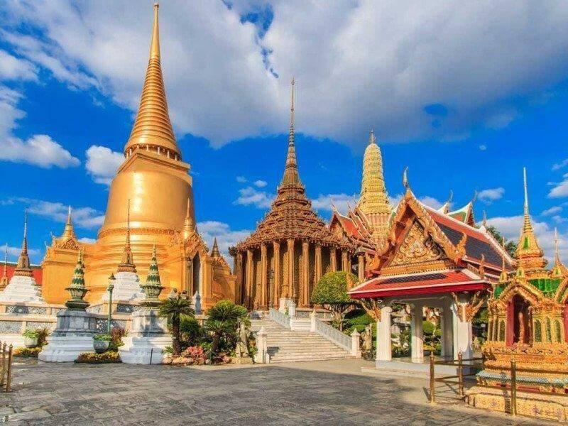 Với chuyến du lịch Thái Lan lần này, du khách sẽ được chiêm ngưỡng biểu tượng linh thiêng nhất Thái Lan