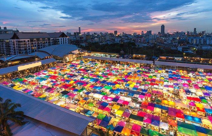 Patpong được đánh giá là chợ đêm tuyệt vời nhất tại Bangkok, Thái Lan