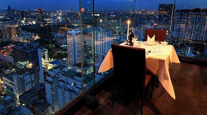 Nhà hàng Baiyoke Sky lãng mạn khi đêm về